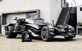 Batman : des fans ont construit leur propre Batmobile version Batman v Superman