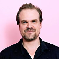 David Harbour rejoint le casting du film Black Widow