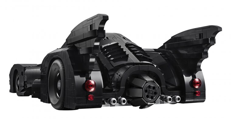 LEGO Batmobile Tim Burton 04
