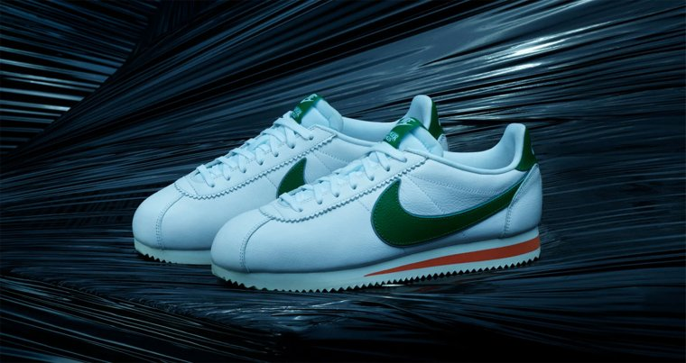 Nike X Stranger Things -  Cortez 01
