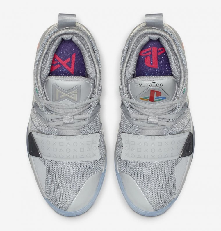 Nike x PlayStation 03