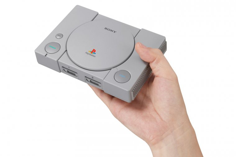 PlayStation Classic 01