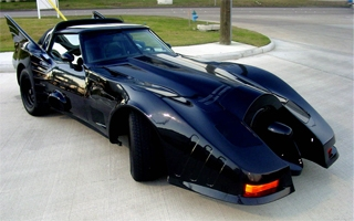 Un fan transforme une Corvette en Batmobile