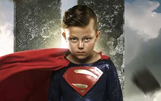 Un photographe transforme un groupe d'enfants malades en membres de la Justice League