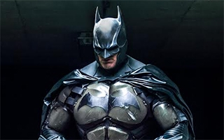Un somptueux cosplay de Batman version Arkham Origins
